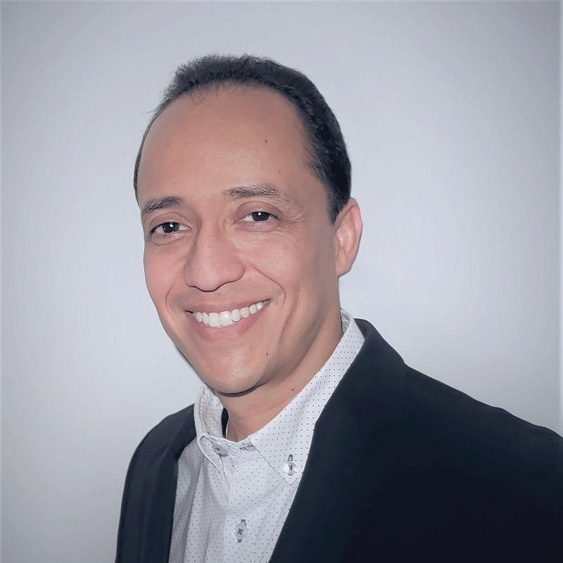 Mg. GESTIÓN DE INFORMÁTICA Y TELECOMUNICACIONES - JHON CHARLES MORENO VÉLEZ, Universidad Icesi